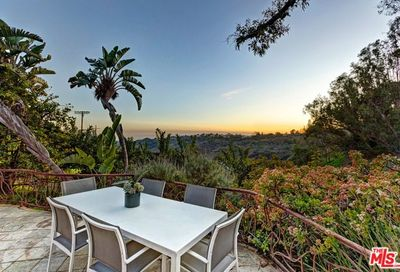 3193 Benedict Canyon Drive Beverly Hills CA 90210