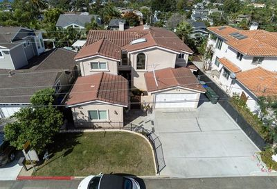 1834 Mackinnon Ave Cardiff By The Sea CA 92007