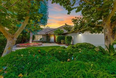 13979 Country Creek Rd Poway CA 92064