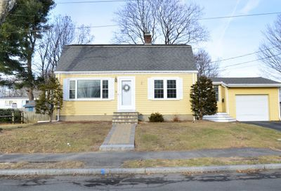 35 Forrester Rd Wakefield MA 01880