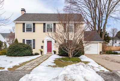 12 Rose Avenue Marblehead MA 01945