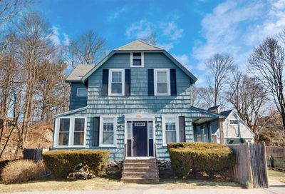 32 Smith St Marblehead MA 01945