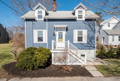 71 Atlantic Ave Marblehead MA 01945