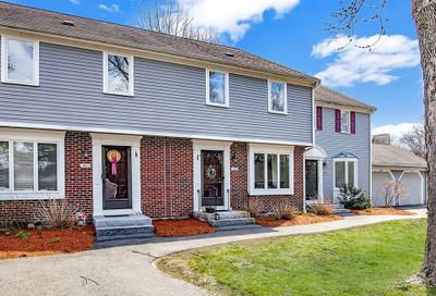 1804 Hollow Tree Ct Peabody MA 01960