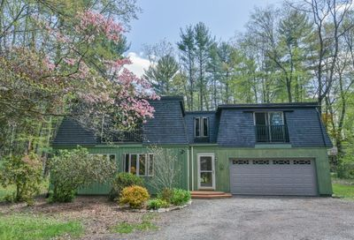 88 High Point Drive Amherst MA 01002