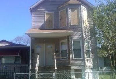 7329 South Peoria Street Chicago IL 60621