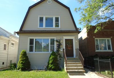 5249 West Byron Street Chicago IL 60641