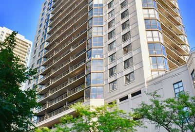 33 West Delaware Place Chicago IL 60610