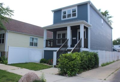 11114 South Whipple Street Chicago IL 60655