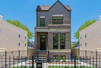 4317 South Calumet Avenue Chicago IL 60653