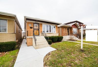 6631 West 63rd Place Chicago IL 60638