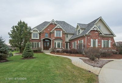 280 Honey Lake Court North Barrington IL 60010