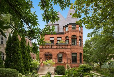 632 West Deming Place Chicago IL 60614