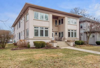 145 Barrypoint Road Riverside IL 60546