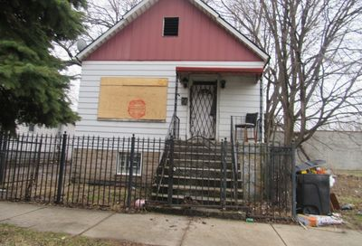 5600 South Perry Avenue Chicago IL 60621