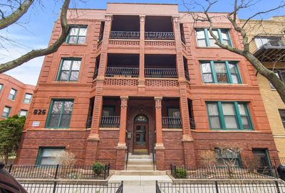 826 West Lakeside Place Chicago IL 60640