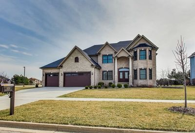 4108 Chinaberry Lane Naperville IL 60564