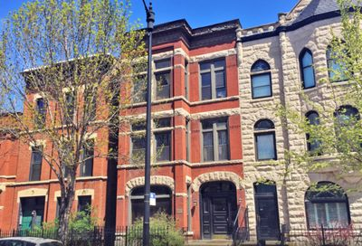 2235 North Halsted Street Chicago IL 60614