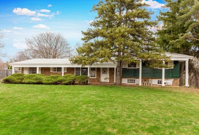 662 West Bayer Drive Palatine IL 60067