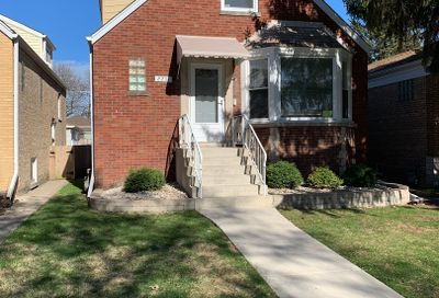 2251 Keystone Avenue North Riverside IL 60546