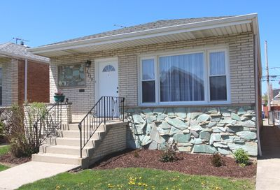 3722 West 70th Place Chicago IL 60629
