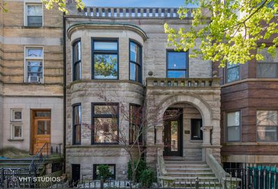 657 West Roscoe Street Chicago IL 60657