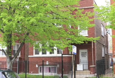 4306 West Iowa Street Chicago IL 60651