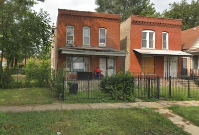 7416 South May Street Chicago IL 60621