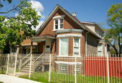 16 West 112th Place Chicago IL 60628