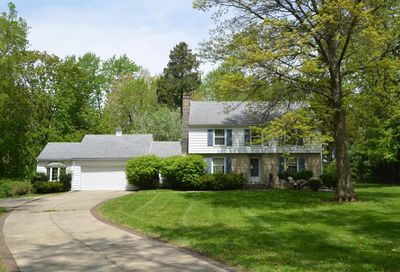 16 Sunset Road Bloomington IL 61701