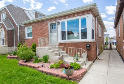 6026 South Mayfield Avenue Chicago IL 60638