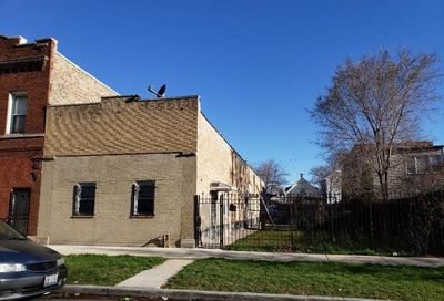 2908 West 40th Street Chicago IL 60632
