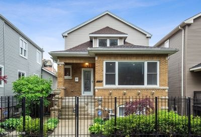 1754 West Thorndale Avenue Chicago IL 60660