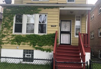 7702 South Maryland Avenue Chicago IL 60619