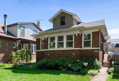 4737 North Sacramento Avenue Chicago IL 60625