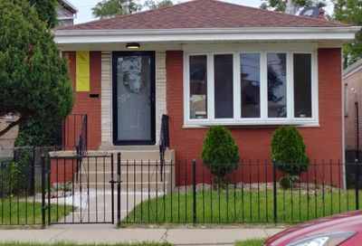 1752 West Edmaire Street Chicago IL 60643