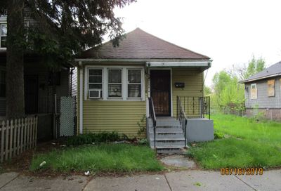8034 South Manistee Avenue Chicago IL 60617