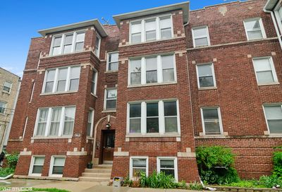 2942 West Belle Plaine Avenue Chicago IL 60618