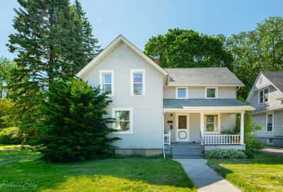 316 Mchenry Avenue Woodstock IL 60098
