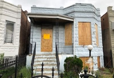 4036 West Cullerton Street Chicago IL 60623