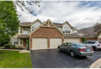 1687 Pearl Court Crystal Lake IL 60014