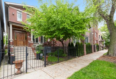 2026 North Honore Street Chicago IL 60614
