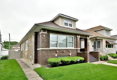 5833 North Manton Avenue Chicago IL 60646