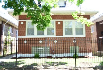 8041 South May Street Chicago IL 60620
