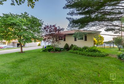 1334 Mabel Lane Lake Holiday IL 60548