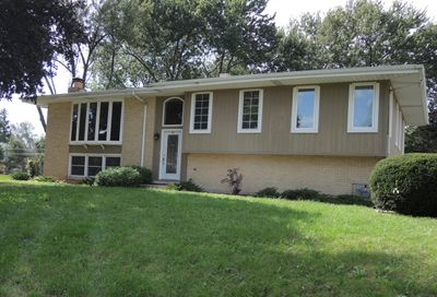 560 Lincoln Street Roselle IL 60172