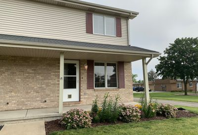 107 Colonial Parkway Yorkville IL 60560