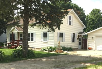 204 South Grant Street Earlville IL 60518