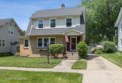 130 South Mitchell Avenue Arlington Heights IL 60005