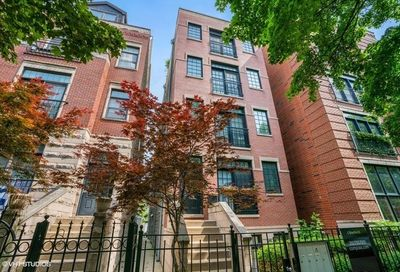 848 West Roscoe Street Chicago IL 60657
